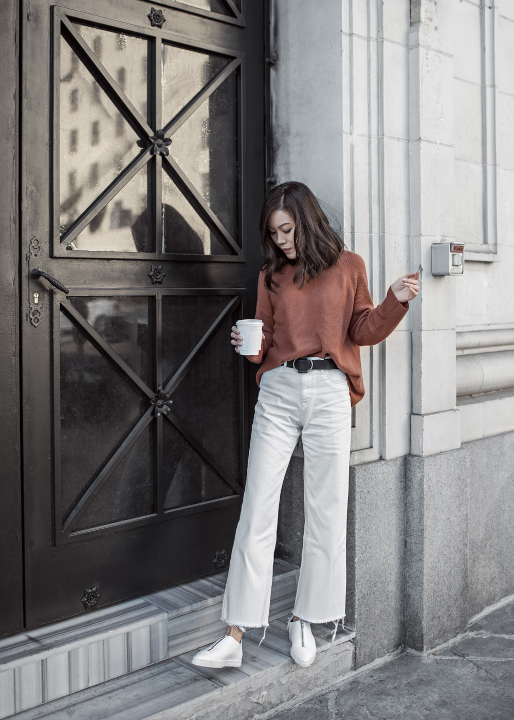 Vince High Crew, Vince, Cinnamon Sweater, DL1961 Wide Leg Jeans, DL1961, White Jeans, Stella McCartney Sneakers