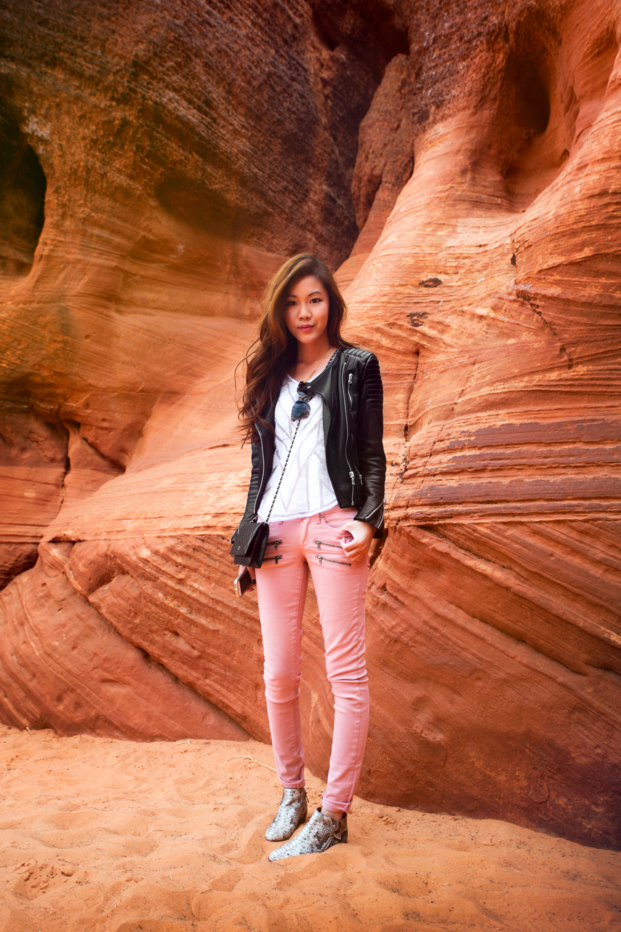What Is The Difference Between Contemporary And Modern Interior Design: Antelope Canyon