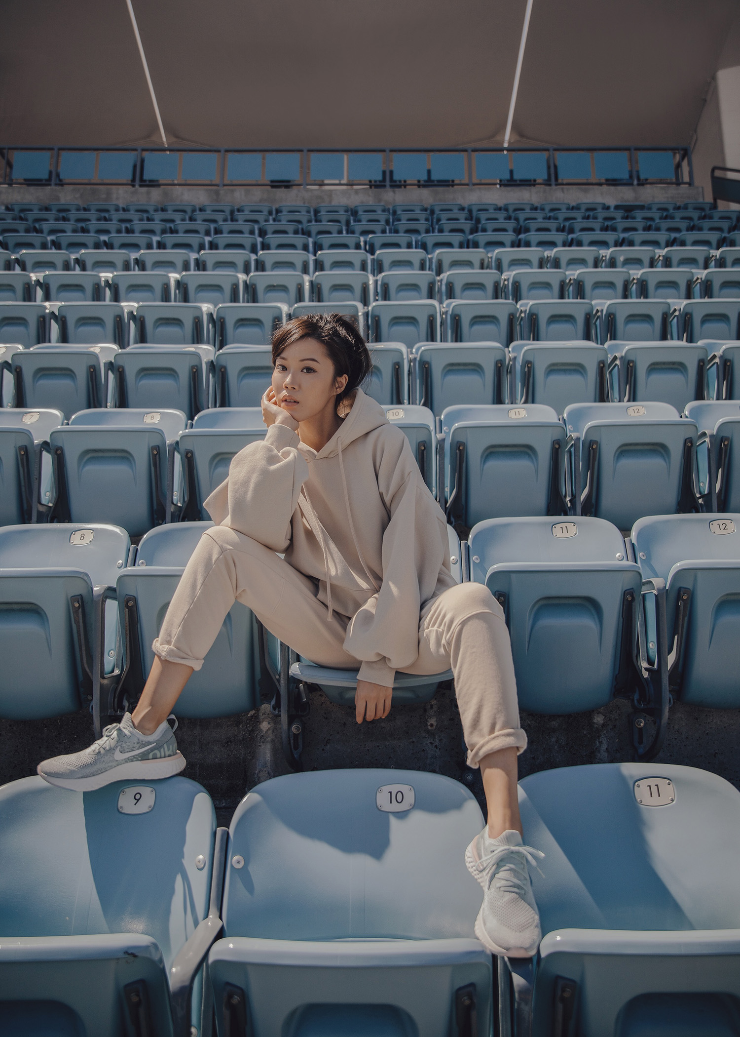 Jenny Tsang of Tsangtastic wearing nike epic react sneakers athleisure fashion outfit